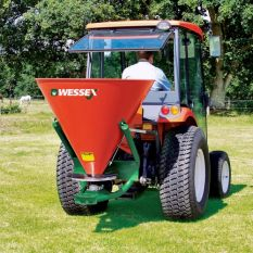FS PTO DRIVEN FERTILISER SPREADERS